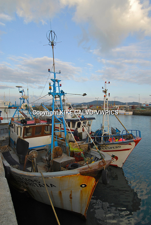 Lima River., Fishing boats at the harbour
