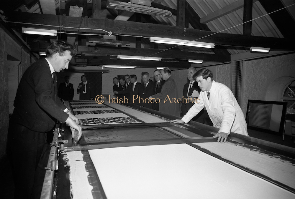Opening of Kilkenny Design Workshop. Some of the party viewing the textile section of the workshops.<br /> 15.11.1965