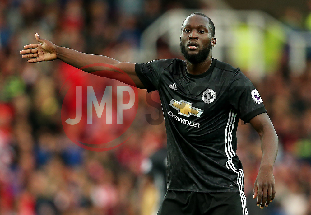 Romelu Lukaku of Manchester United gestures - Mandatory by-line: Matt McNulty/JMP - 09/09/2017 - FOOTBALL - Bet365 Stadium - Stoke-on-Trent, England - Stoke City v Manchester United - Premier League