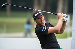 November 25, 2017 - Hong Kong, Hong Kong SAR, CHINA - HONG KONG SAR,CHINA: November 25,2017. Day 3 of the UBS Hong Kong Open Golf at Hong Kong Golf Club Fanling. Englands Chris HANSON sits at 6 under after the 3rd rounds play. Hanson tees off at the 14th (Credit Image: © Jayne Russell via ZUMA Wire)
