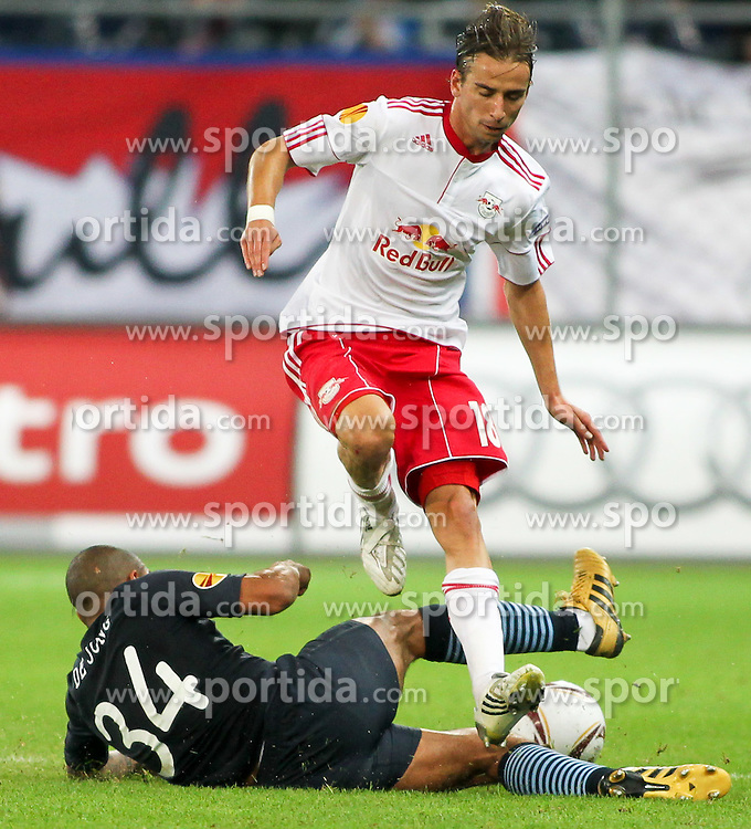 16.09.2010, Red Bull Arena, Salzburg, AUT, UEFA Euroleague , Red Bull Salzburg vs Manchester City, im Bild Nigel de Jong,(FC Manchester City, Midfield, #34) und Dusan Svento, (FC Red Bull Salzburg, Mittelfeld, #18), EXPA Pictures © 2010, PhotoCredit: EXPA/ R. Hackl / SPORTIDA PHOTO AGENCY
