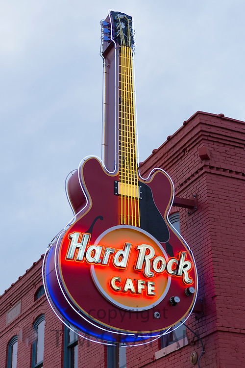 Neon sign for Hard Rock Cafe in famous Beale Street entertainment district of Memphis, Tennessee, USA