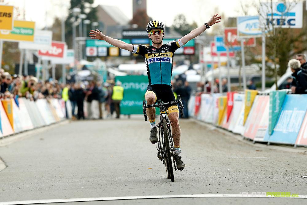 BELGIUM / BELGIE / BELGIQUE / RUDDERVOORDE / CYCLING / WIELRENNEN / CYCLISME / CYCLOCROSS / VELDRIJDEN /  HANSGROHE SUPERPRESTIGE VELDRIJDEN / #3 / U23 / AANKOMST / FINISH / ELI ISERBYT (BEL) – TELENET-FIDEA /
