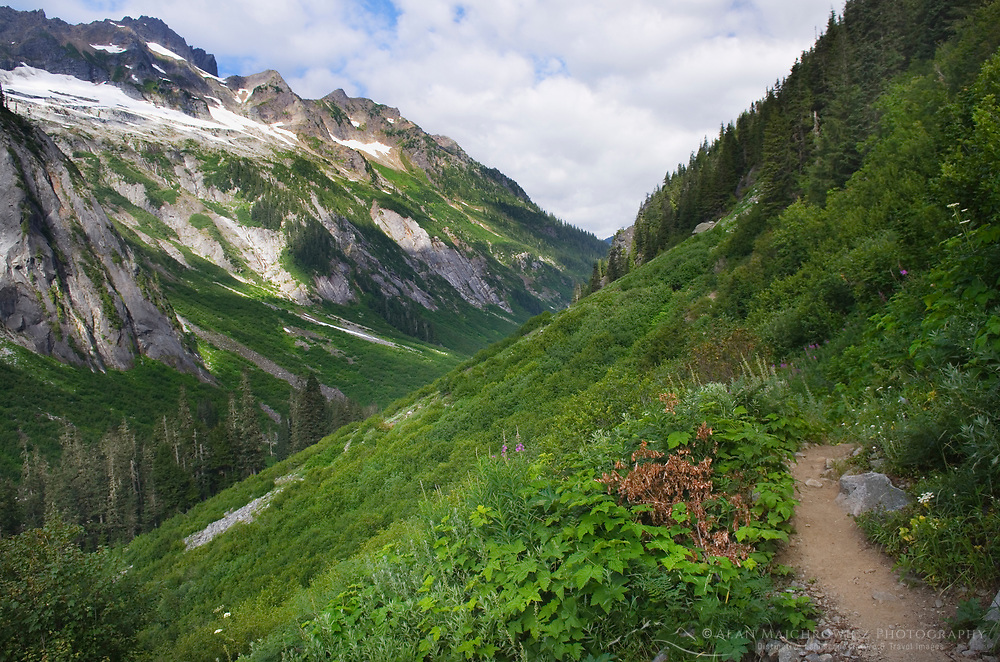 Trail to Hannegan Pass, Mount Baker Wilderness North Cascades Washington