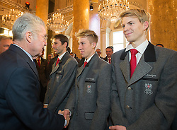 29.01.2014, Hofburg, Wien, AUT, Sochi 2014, Vereidigung OeOC, im Bild Bundespräsident Heinz Fischer, Thomas Diethart and Michael Hayböck // Austrians President Heinz Fischer, Thomas Diethart und Michael Hayböck during the swearing-in of the Austrian National Olympic Committee for Sochi 2014 at the  Hofburg in Vienna, Austria on 2014/01/29. EXPA Pictures © 2014, PhotoCredit: EXPA/ JFK