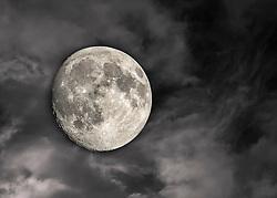 A Minnesota Full Moon on June 10, 2014