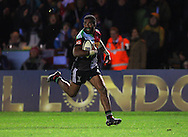 Aseli Tikoirotuma of Harlequins scores a Try during the European Rugby Champions Cup match at Twickenham Stoop , London<br /> Picture by Paul Terry/Focus Images Ltd +44 7545 642257<br /> 07/12/2014