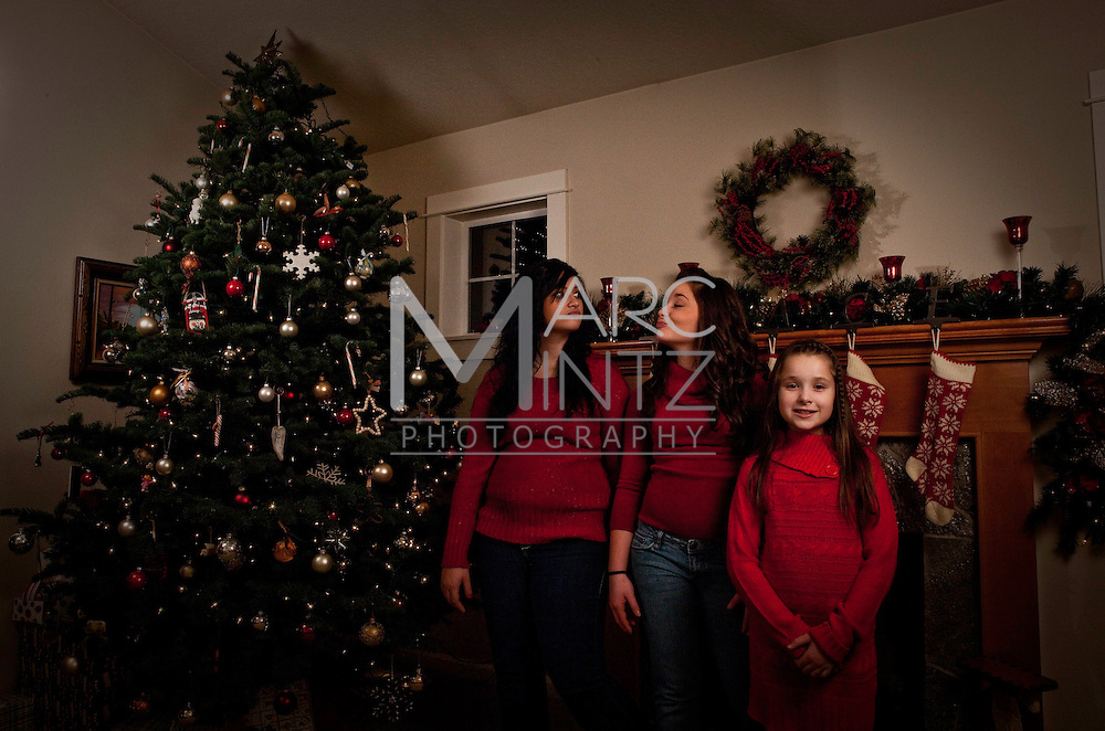 Christmas Family Portraits with the Bellmans, Eugene, Oregon
