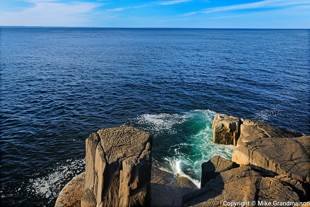 Rocky shoreline of St. Mary's Bay<br /> Near Tiverton on Long Island on the Digby Neck<br /> Nova Scotia<br /> Canada