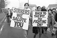 Miners and supporteers march back to Park Mill Colliery at the end of the 1984 miners strike. March 1985...&copy; Martin Jenkinson<br /> email martin@pressphotos.co.uk. Copyright Designs &amp; Patents Act 1988, moral rights asserted credit required. No part of this photo to be stored, reproduced, manipulated or transmitted to third parties by any means without prior written permission