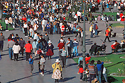 PERU, HIGHLANDS, CUZCO crowds in the Plaza de Armas