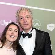 NLD/Amsterdam/20180213 - Edison Pop Awards 2018, Spinvis - Erik de Jong en partner