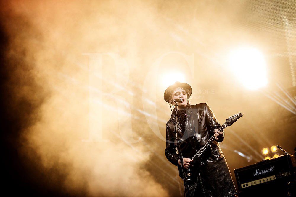 STRATHALLAN, UNITED KINGDOM - JULY 11: Pete Doherty of The Libertines performs at the main stage on day two of the  T In The Park Festival at Strathallan Castle on July 11, 2014 in Strathallans, United Kingdom. (Photo by Ross Gilmore)