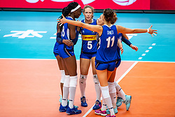 19-10-2018 JPN: Semi Final World Championship Volleyball Women day 18, Yokohama<br /> China - Italy / Paola Ogechi Egonu #18 of Italy, Ofelia Malinov #5 of Italy