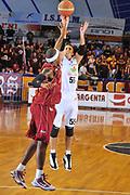 DESCRIZIONE : Venezia Lega A2 2009-10 Umana Reyer Venezia Riviera Solare Rimini<br /> GIOCATORE : Andrea Pecile<br /> SQUADRA : Riviera Solare Rimini <br /> EVENTO : Campionato Lega A2 2009-2010<br /> GARA : Umana Reyer Venezia Riviera Solare Rimini<br /> DATA : 09/12/2009<br /> CATEGORIA : Tiro<br /> SPORT : Pallacanestro <br /> AUTORE : Agenzia Ciamillo-Castoria/M.Gregolin<br /> Galleria : Lega Basket A2 2009-2010 <br /> Fotonotizia : Venezia Campionato Italiano Lega A2 2009-2010 Umana Reyer Venezia Riviera Solare Rimini<br /> Predefinita :