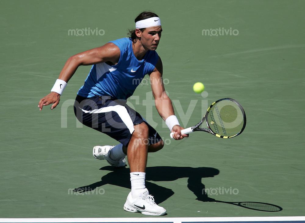 Tennis Masters Series Cincinnati Western&Southern Financial Group Masters 2006 Rafael NADAL (ESP) Vorhand, forehand.