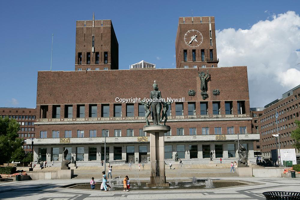 Oslo Norge 2006 07<br /> R&aring;dhuset i Oslo<br /> <br /> ----<br /> FOTO : JOACHIM NYWALL KOD 0708840825_1<br /> COPYRIGHT JOACHIM NYWALL<br /> <br /> ***BETALBILD***<br /> Redovisas till <br /> NYWALL MEDIA AB<br /> Strandgatan 30<br /> 461 31 Trollh&auml;ttan<br /> Prislista enl BLF , om inget annat avtalas.