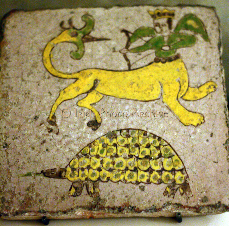 A Qajar tile with the constellations of Sagittarius and lyra (turtle) 18-19 century BC Museum of Islamic Art