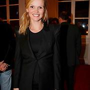 NLD/Leiden/20100117 - Premiere toneelstuk Bedrog, zwangere Tooske Ragas - Breugem