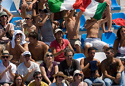 Spectators at Men's 10m Synchro Platform Final at 13th FINA World Championships Rome 2009, on July 25 2009, at Foro Italico, Rome, Italy. (Photo by Vid Ponikvar / Sportida)