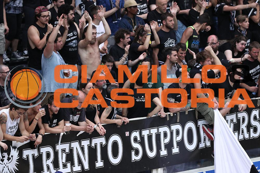 Tifosi Trento, Dolomiti Energia Trentino vs Umana Reyer Venezia LBA Serie A Playoff Finale gara 3 stagione 2016/2017 Pala Trento, Trento 14 giugno 2017