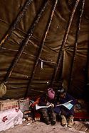 Mongolia. Tsatan family in the tipi, (tent ) raindeer. cattle breder, siberia tribe. snow in the norh near Tsagan Nuur  Hovsgul aimak     /  les Tsatan . eleveurs de rennes. dans leur tipi  en guise de tente. neige dans le nord pres Tsagan Nuur  Hovsgul province de    /      L0008031  /  R20577  /  P114242