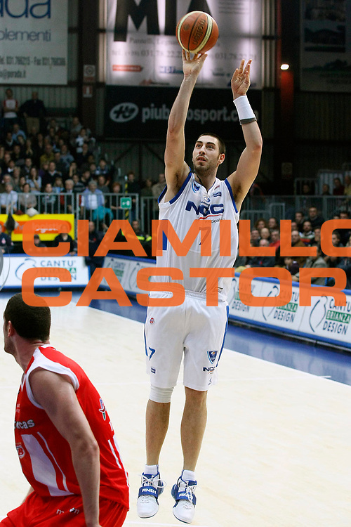 DESCRIZIONE : Cantu Lega A1 2008-09 NGC Cantu Bancatercas Teramo<br /> GIOCATORE : Joel Zacchetti<br /> SQUADRA : NGC Cantu<br /> EVENTO : Campionato Lega A1 2008-2009<br /> GARA : NGC Cantu Bancatercas Teramo<br /> DATA : 09/11/2008<br /> CATEGORIA : Tiro Three Points<br /> SPORT : Pallacanestro<br /> AUTORE : Agenzia Ciamillo-Castoria/G.Cottini