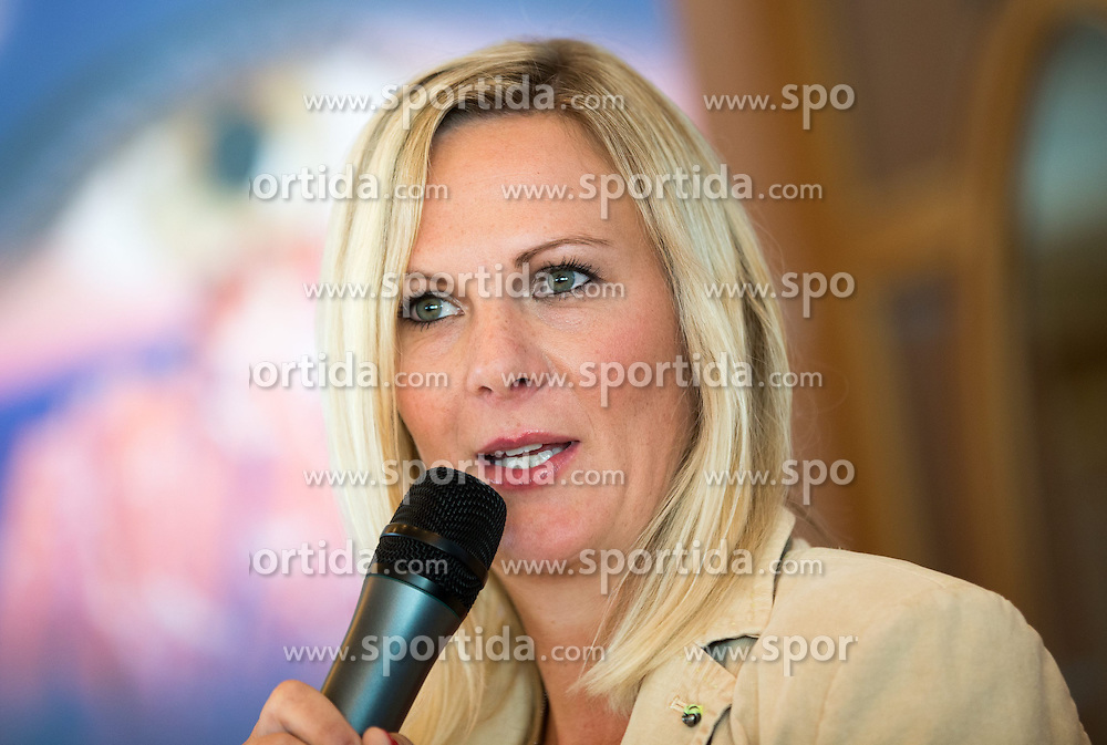 01.06.2015, Zugspitze, Erwald, AUT, FIS Weltcup Ski Alpin, ÖSV, Rücktritt Nicole Hosp, Pressekonferenz, im Bild Nicole Hosp (AUT) // Nicole Hosp of Austria during the career end Press conference of Austrian Alpine Ski Athlete Nicole Hosp at the Tiroler Zugspitze in Erwald, Austria on 2015/06/01. EXPA Pictures © 2015, PhotoCredit: EXPA/ Johann Groder