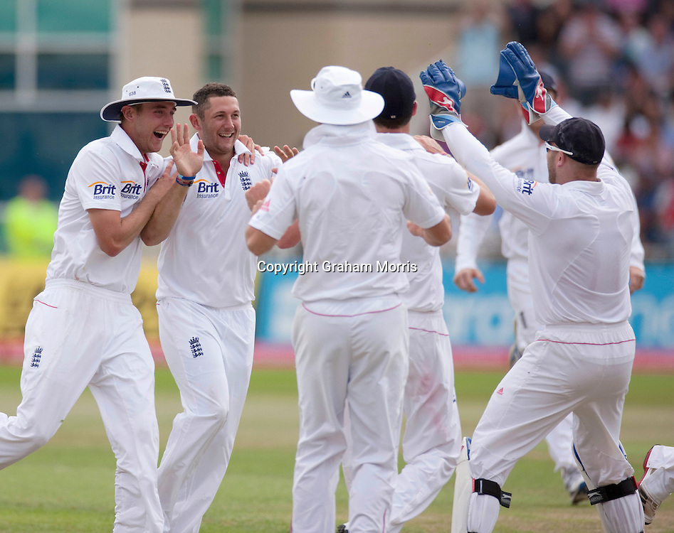 Tim Bresnan celebrates the wicket of Suresh Raina during the second npower Test Match between England and India at Trent Bridge, Nottingham.  Photo: Graham Morris (Tel: +44(0)20 8969 4192 Email: sales@cricketpix.com) 01/08/11