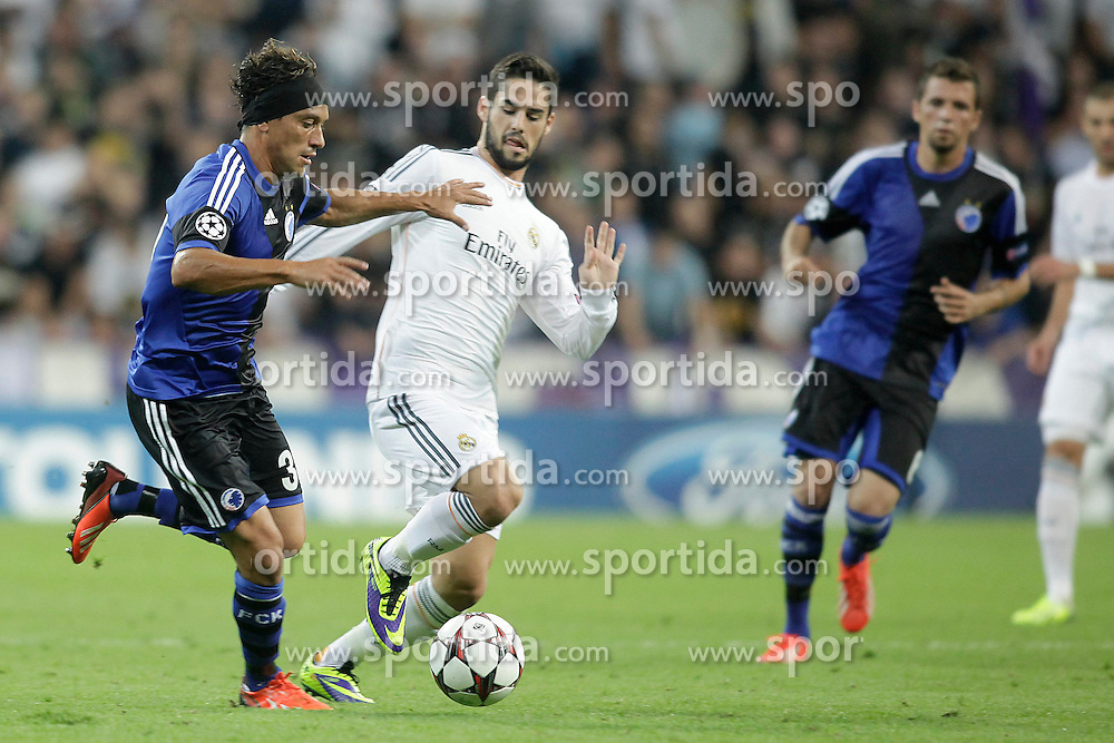 02.10.2013, Estadio Santiago Bernabeu, Madrid, ESP, UEFA Champions League, Real Madrid vs FC Kopenhagen, Gruppe B, im Bild Real Madrid Isco (2L) and FC Kopenhagen Christian Bolanos (L) // during the UEFA Champions League Group B match between Real Madrid and FC Kopenhagen at the Estadio Santiago Bernabeu, Madrid, Spain on 2013/10/02. EXPA Pictures &copy; 2013, PhotoCredit: EXPA/ Alterphotos/ Ricky Blanco<br /> <br /> ***** ATTENTION - OUT OF ESP and SUI *****