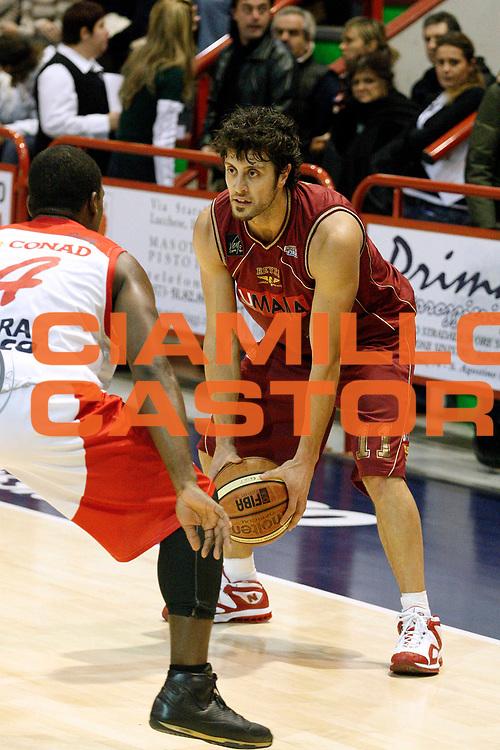 DESCRIZIONE : Pistoia Lega A2 2008-09 Carmatic Pistoia Umana Reyer Venezia<br /> GIOCATORE : Meini Guido<br /> SQUADRA : Umana Reyer Venezia<br /> EVENTO : Campionato Lega A2 2008-2009<br /> GARA : Carmatic Pistoia Umana Reyer Venezia<br /> DATA : 23/11/2008<br /> CATEGORIA : Passaggio<br /> SPORT : Pallacanestro<br /> AUTORE : Agenzia Ciamillo-Castoria/Stefano D'Errico