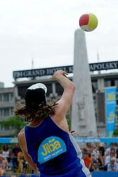 06-06-2010 VOLLEYBAL: JIBA GRAND SLAM BEACHVOLLEYBAL: AMSTERDAM<br /> In een koninklijke ambiance streden de nationale top, zowel de dames als de heren, om de eerste Grand Slam titel van het seizoen bij de Jiba Eredivisie Beach Volleyball - Christiaan Varenhorst service de Dam<br /> ©2010-WWW.FOTOHOOGENDOORN.NL