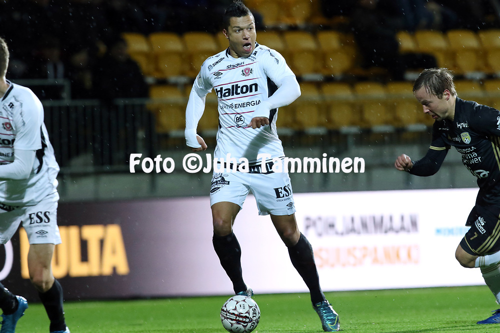 5.4.2017, OmaSP Stadion, Sein&auml;joki.<br /> Veikkausliiga 2017.<br /> Sein&auml;joen Jalkapallokerho - FC Lahti.<br /> Hendrik Helmke - FC Lahti