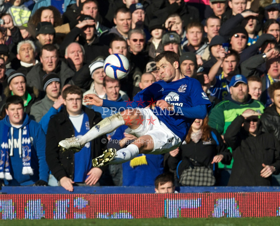 LIVERPOOL, ENGLAND - Saturday, January 29, 2011: Everton's Diniyar Bilyaletdinov tries a spectacular shor against Chelsea during the FA Cup 4th Round match at Goodison Park. (Photo by David Rawcliffe/Propaganda)