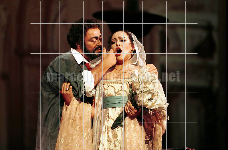 "Rome Opera House, January 12, 2000. Tenor Luciano Pavarotti and soprano ines Salazar in ""Tosca"" by Giacomo Puccini, performed on occasion of its centenary in the same theater of its debut (directed by Franco Zeffirelli, conducted by Placido Domingo, starring Ines Salazar and Luciano Pavarotti) / Roma, Teatro dell'Opera, 12 gennaio 2000. Il tenore Luciano Pavarotti e il soprano Ines Salazar in ""Tosca"" di Giacomo Puccini, rappresentata cento anni dopo nello stesso teatro del suo debutto (regia: Franco Zeffirelli, direttore d'orchestra: Placido Domingo, protagonisti: Ines Salazar e Luciano Pavarotti) - © Marcello Mencarini"