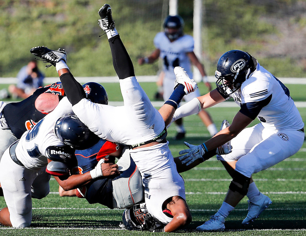11/5/16 3:52:56 PM -- Fullerton College vs Orange Coast College Football --Orange Coast College, Costa Mesa, Ca<br /> <br /> Photo by Joe Bergman / Sports Shooter Academy
