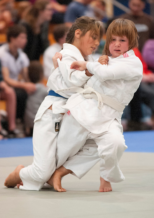 Isabella Bartlett, right, Auckland and Zita Spinks, Christchurch in their Junior Girls Open fight at the  2012 New Zealand Judo Championships, Christchurch, New Zealand,  Sunday 21 October, 2012. Credit: SNPA / David Alexander.