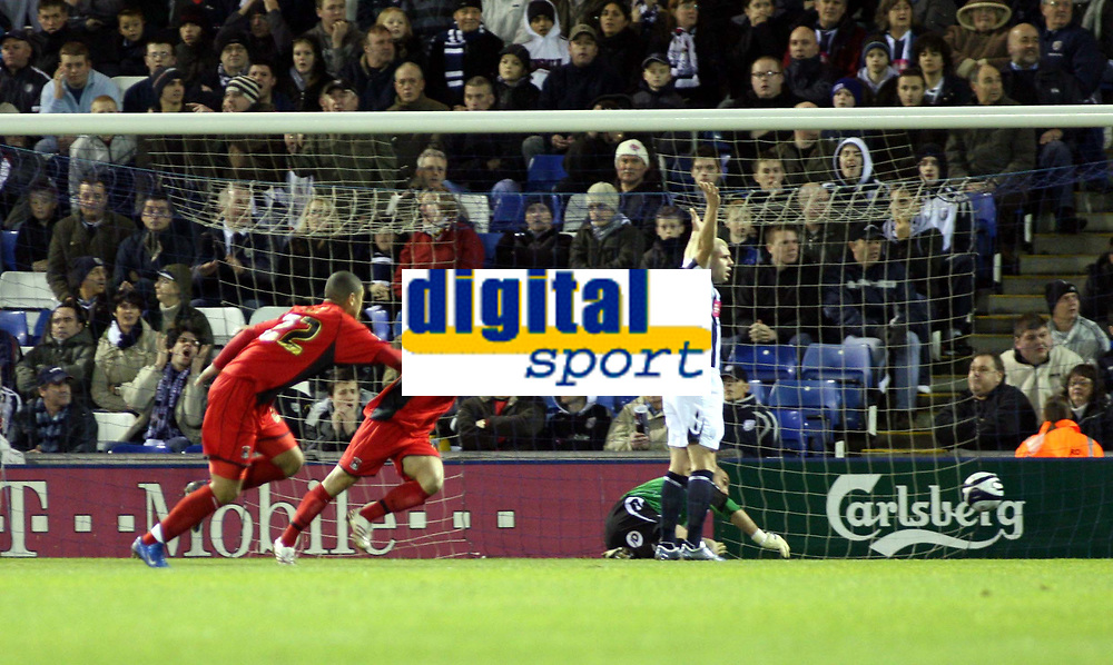 Photo: Mark Stephenson/Sportsbeat Images.<br /> West Bromwich Albion v Coventry City. Coca Cola Championship. 04/12/2007.Coventry's Michael Mifsud (C) puts the ball past West Brom's keeper Dean Kiely
