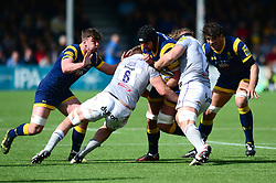 Will Spencer of Worcester Warriors is challenged by Tom Ellis of Bath Rugby and Ross Batty - Mandatory by-line: Dougie Allward/JMP - 15/04/2017 - RUGBY - Sixways Stadium - Worcester, England - Worcester Warriors v Bath Rugby - Aviva Premiership