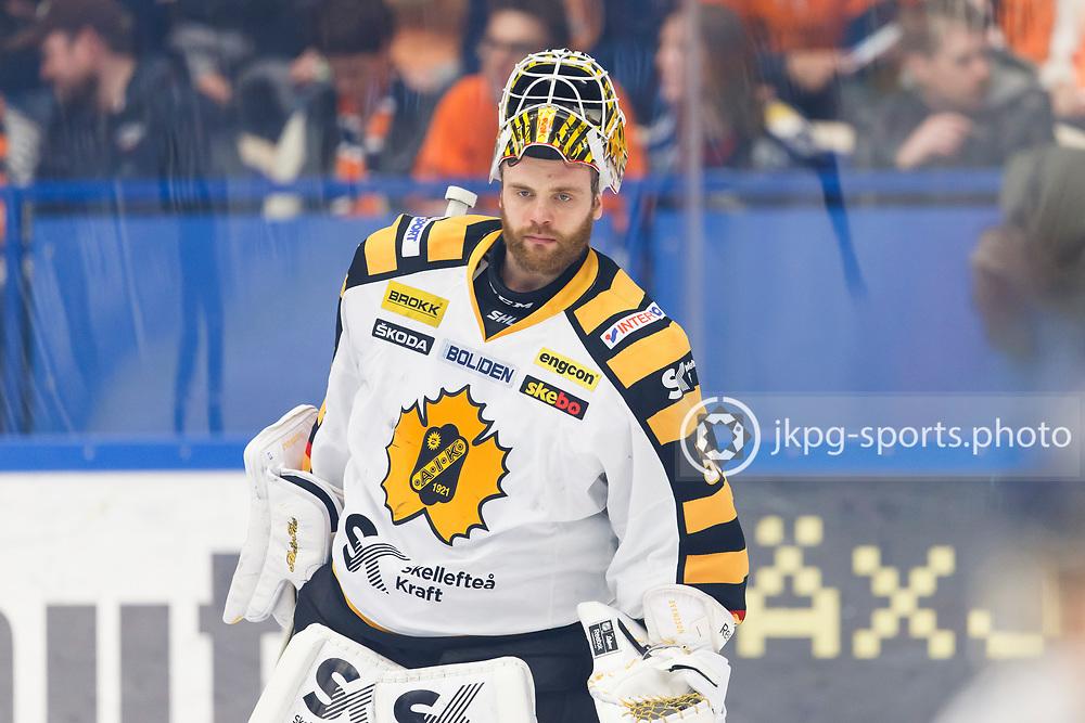 150423 Ishockey, SM-Final, V&auml;xj&ouml; - Skellefte&aring;<br /> Markus Svensson, Skellefte&aring; AIK, singel action.<br /> &copy; Daniel Malmberg/Jkpg sports photo