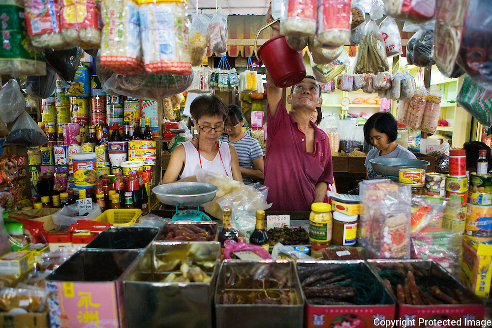 Vendors at Imbi market