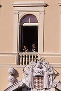 10. National holiday: The children of SAS Caroline on the palace balcony.   Fête nationale: au balcon du palais les enfants de SAS Caroline  R00012/10    L921119g  /  P0000340