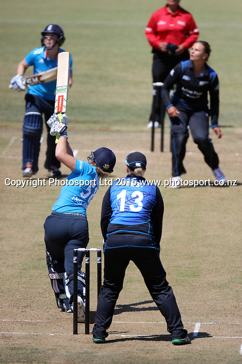 England's Lauren Winfield batting. New Zealand White Ferns v England - 3rd ODI at Bay Oval, Mount Maunganui, New Zealand. 15 February 2015. Photo credit: Margot Butcher/www.photosport.co.nz