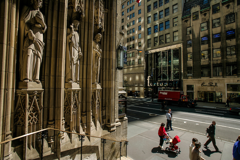 Saint Patrick's Church at5th avenue in New York