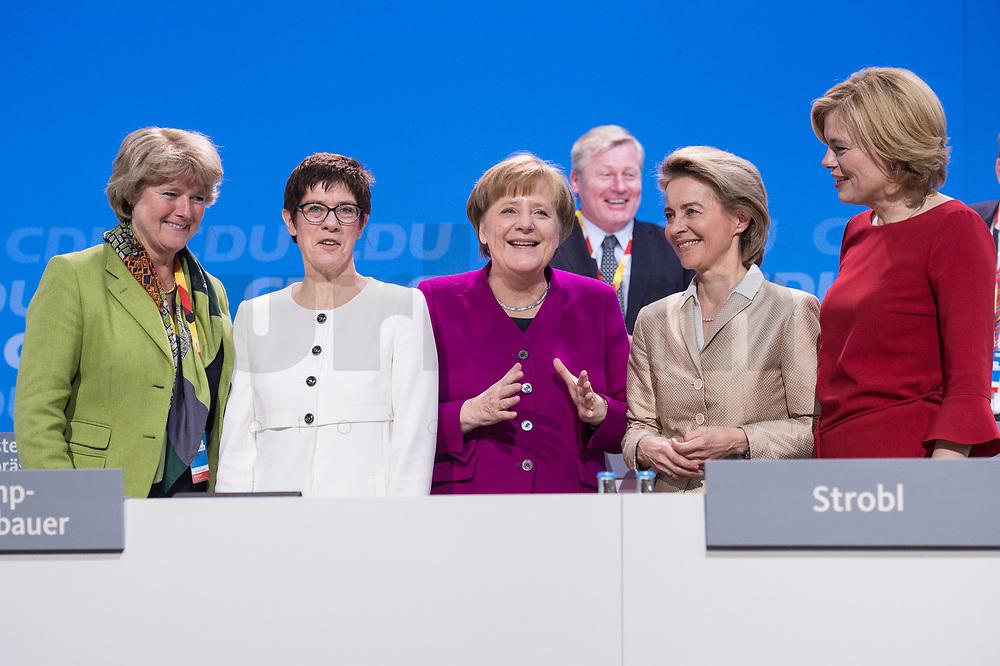 26 FEB 2018, BERLIN/GERMANY:<br /> Monika Gruetters, CDU, Staatsministerin im Bundeskanzleramt, Annegret Kramp-Karrenbauer, CDU, desig. Generalsekretaerin, Angela Merkel, CDU, Bundeskanzlerin, Ursula von der Leyen, CDU, Bundesverteidigungsministerin, und Julia Kloeckner, CDU Landesvorsitzende Rheinland-Pfalz, (v.L.n.R.), CDU Bundesparteitag, Station Berlin<br /> IMAGE: 20180226-01-154<br /> KEYWORDS: Party Congress, Parteitag, Monika Grütters, Julia Klöckner