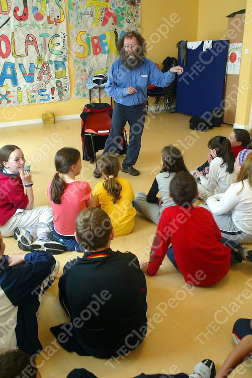 Storyteller Eddie Lenihan pictured at the Clare Youths Service, Shannon Summer Camp in the Respond Community Building, Rineanna View, Shannon on Wednesday. Pic. Brian Arthur/ Press 22.