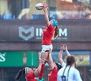 Gwen Crabb of Wales claims the lineout<br /> <br /> Photographer Simon King/Replay Images<br /> <br /> Six Nations Round 3 - Wales Women v England Women - Sunday 24th February 2019 - Cardiff Arms Park - Cardiff<br /> <br /> World Copyright © Replay Images . All rights reserved. info@replayimages.co.uk - http://replayimages.co.uk
