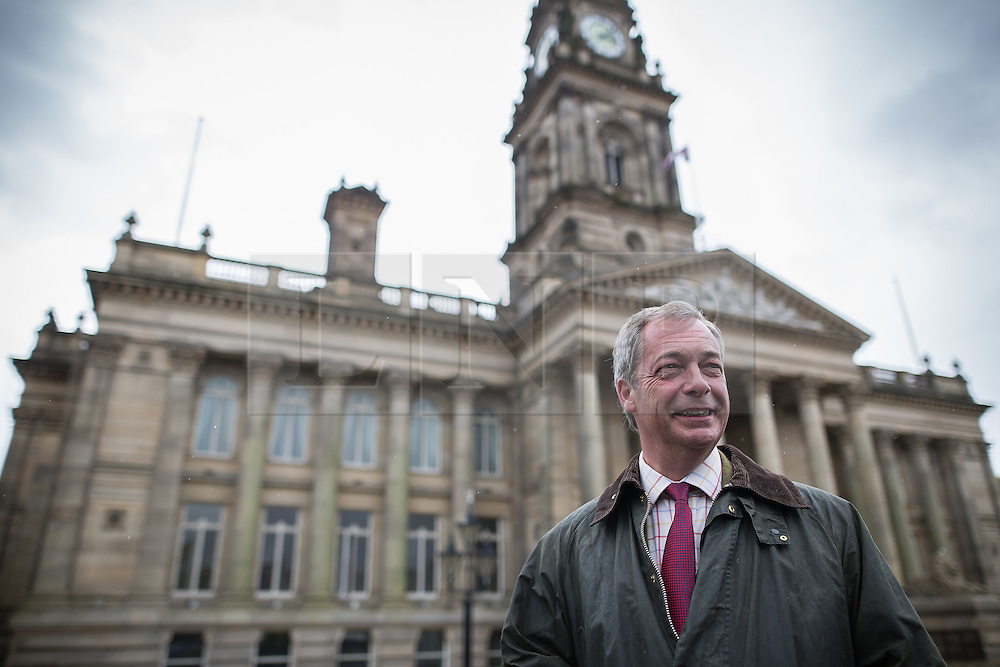 © Licensed to London News Pictures . 25/05/2016 . Bolton , UK . NIGEL FARAGE in front of Bolton Town Hall . The UKIP referendum bus tour , campaigning for a UK Brexit , lead by Nigel Farage , in Victoria Square , Bolton . Photo credit : Joel Goodman/LNP