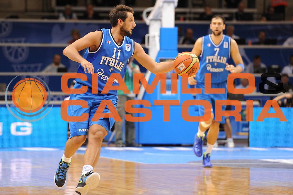 DESCRIZIONE : Siauliai Lithuania Lituania Eurobasket Men 2011 Preliminary Round Italia Lettonia Italy Latvia<br /> GIOCATORE : Marco Belinelli<br /> SQUADRA : Italia Italy<br /> EVENTO : Eurobasket Men 2011<br /> GARA : Italia Lettonia Italy Latvia<br /> DATA : 02/09/2011 <br /> CATEGORIA : palleggio<br /> SPORT : Pallacanestro <br /> AUTORE : Agenzia Ciamillo-Castoria/GiulioCiamillo<br /> Galleria : Eurobasket Men 2011 <br /> Fotonotizia : Siauliai Lithuania Lituania Eurobasket Men 2011 Preliminary Round Italia Lettonia Italy Latvia<br /> Predefinita :