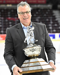 Ryan McGill of the Owen Sound Attack won the Sofina Brian Kilrea Coach of the Year Award. Photo by Aaron Bell/CHL Images
